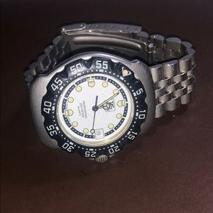 Tag heuer women's quartz professional steel watch